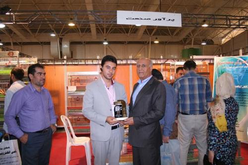 حضور پرآور در نمایشگاه های بین المللیwww.paravar.ir (2)